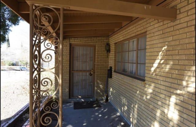 1111 Whitaker Lane - 1111 Whitaker Lane, El Paso, TX 79902
