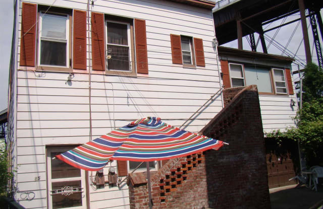 15 TALMADGE ST - 15 Talmadge St, Poughkeepsie, NY 12601