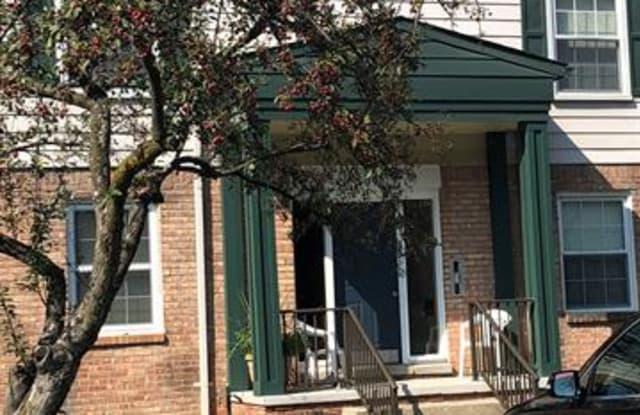 509 E UNIVERSITY Drive - 509 East University Drive, Rochester, MI 48307