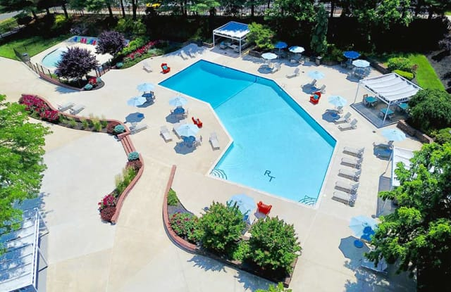 Regency Towers - 1001 Easton Rd, Willow Grove, PA 19090