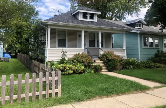 116 West Burlington Avenue - 116 West Burlington Avenue, Westmont, IL 60559
