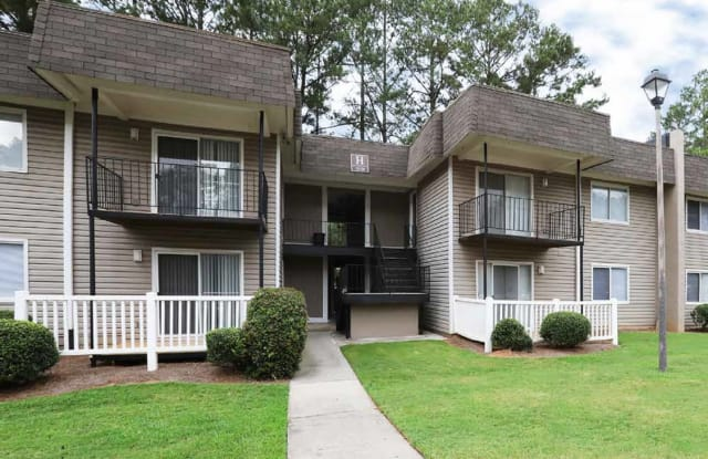 The Life at Marketplace - 3390 Fairburn Rd SW, Atlanta, GA 30331