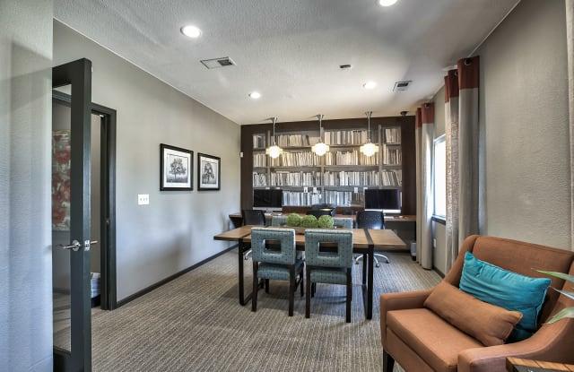 Willow Run Village Apartments - 12621 Zuni St, Broomfield, CO 80234
