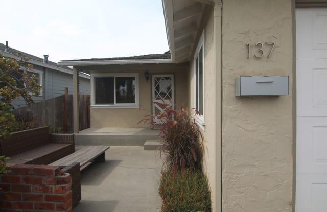 137 John Street - A - 137 John Street, Santa Cruz, CA 95060
