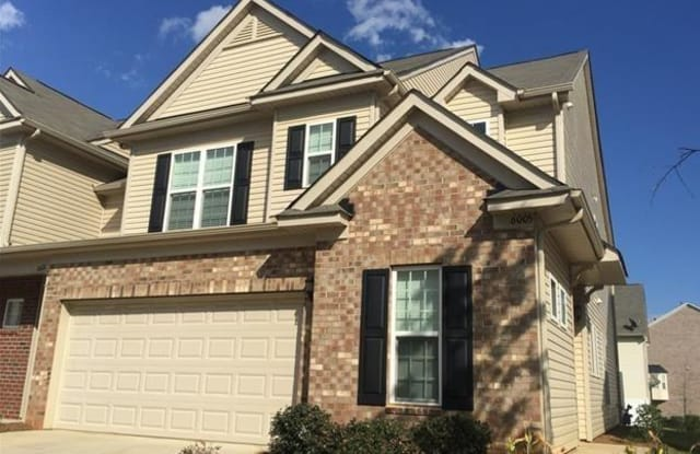 6005 Carrollton Lane - 6005 Carrollton Ln, Charlotte, NC 28210
