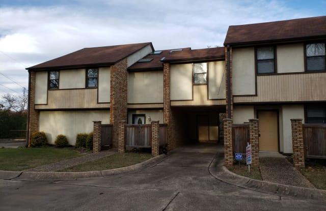 7800 North Hills Blvd. Townhouses #102 - 7800 North Hills Boulevard, North Little Rock, AR 72116