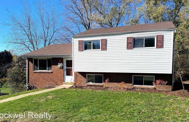 401 Cyra Drive - 401 Cyra Drive, Monroeville, PA 15146