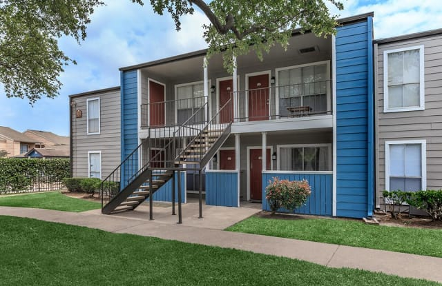 Normandy Woods - 695 Normandy St, Houston, TX 77015