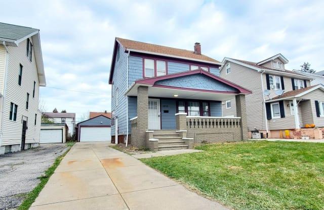 13719 Thornhurst Avenue - 13719 Thornhurst Avenue, Garfield Heights, OH 44105