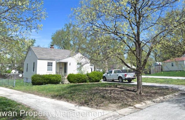 8600 Summit St. - 8600 Summit Street, Kansas City, MO 64114
