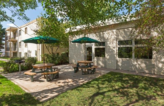 Hamline Terrace - 1360 Terrace Dr, Roseville, MN 55113