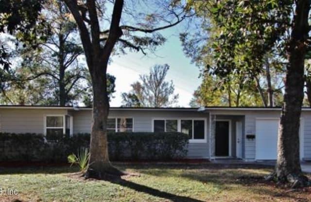 6374 CHERRY LAUREL DR - 6374 Cherry Laurel Drive, Jacksonville, FL 32210