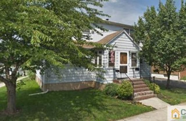 52 Saint Ann Street - 52 Saint Ann St, Carteret, NJ 07008