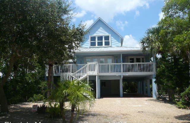 1850 E Sandpiper Rd - 1850 East Sandpiper Road, Wabasso Beach, FL 32963
