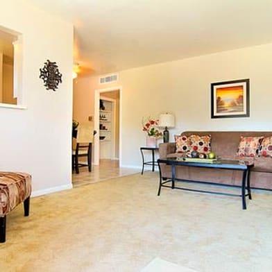 Landmark At Spring Creek Apartment Homes Apartments For Rent