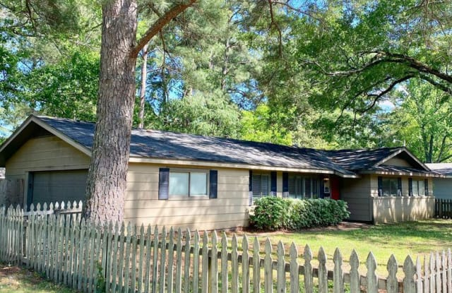5170 Ridgewood Rd - 5170 Ridgewood Road, Jackson, MS 39211