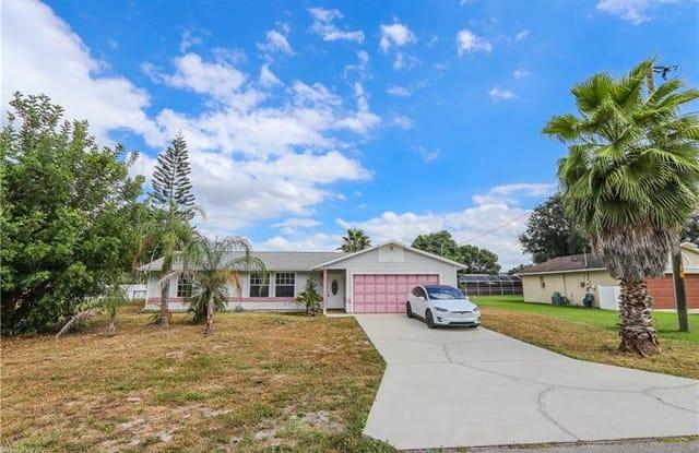 436 Candlewick CIR W - 436 Candlewick Circle West, Lehigh Acres, FL 33936