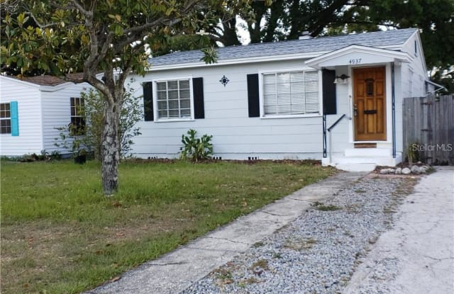 4937 36TH AVENUE N - 4937 36th Avenue North, St. Petersburg, FL 33710