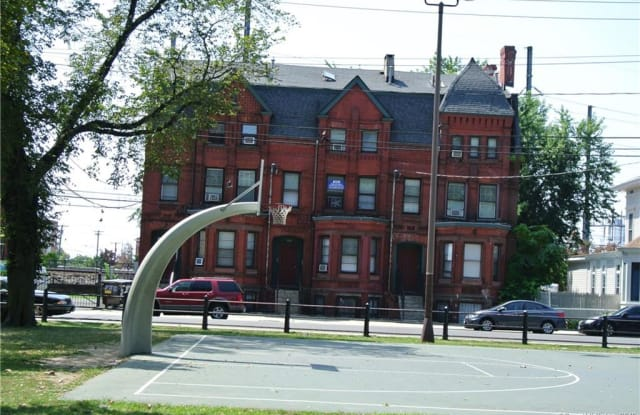 534 East Washington Avenue - 534 East Washington Avenue, Bridgeport, CT 06608