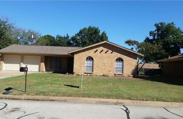 1116 Sherwood Drive - 1116 Sherwood Drive, Bedford, TX 76022