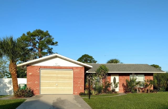 1216 Loma Lane - 1216 Loma Lane, Englewood, FL 34224