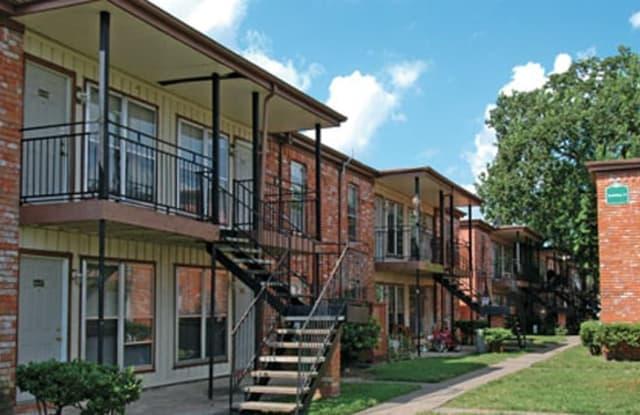 Green Oak Village - 3401 Blalock Rd, Houston, TX 77080