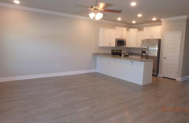 257 South E Street - 257 South E Street, Pensacola, FL 32502