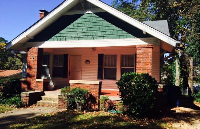 711 OAK STREET - 711 Oak St, Anniston, AL 36207