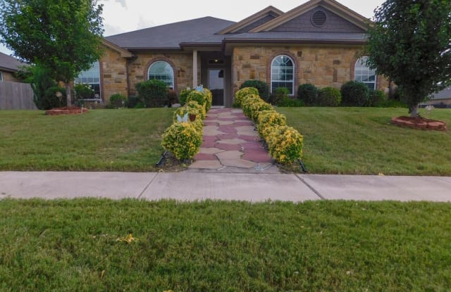 2710 Montague County Dr - 2710 Montague County Drive, Killeen, TX 76549