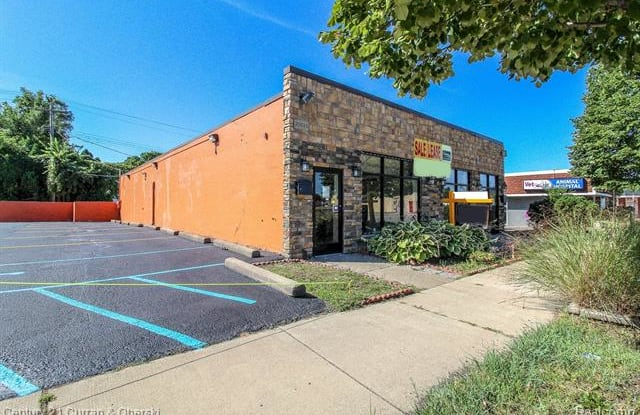 25033 W WARREN Street - 25033 West Warren Street, Dearborn Heights, MI 48127