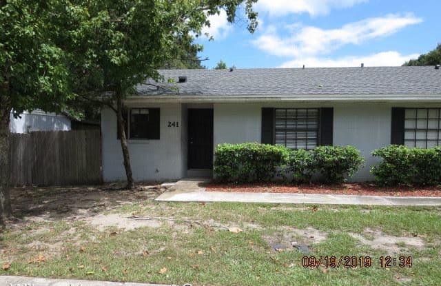 241 S. Christiana Avenue - 241 Christiana Avenue, Apopka, FL 32703