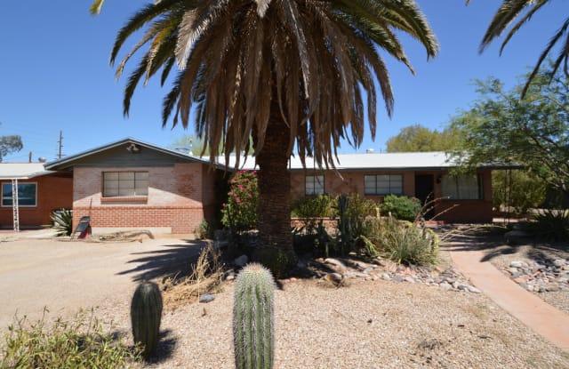 2758 N Warren Avenue - 2758 North Warren Avenue, Tucson, AZ 85719