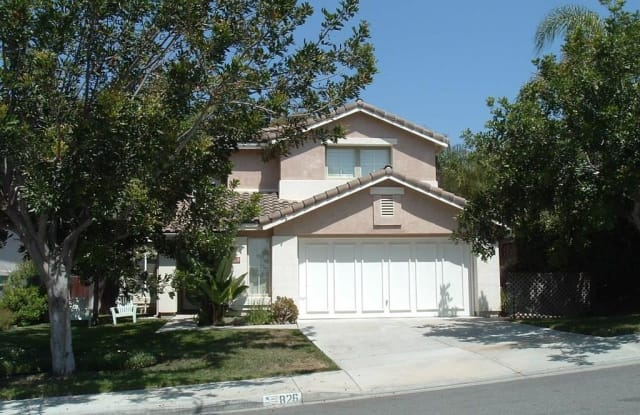 826 Masters Dr - 826 Masters Drive, Oceanside, CA 92057