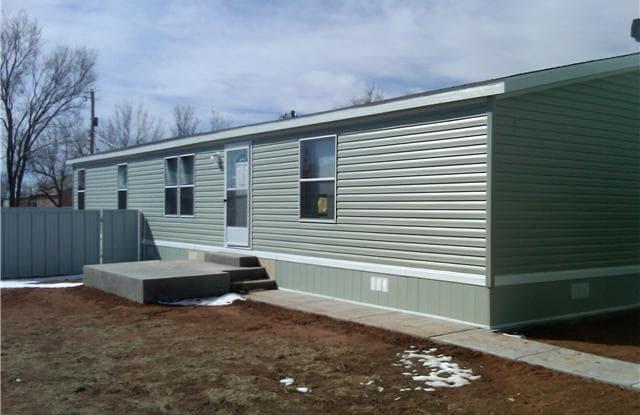 310 E Spruce St - 310 East Spruce Street, Portales, NM 88130