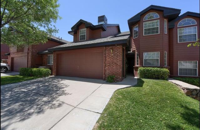14 WILLIAMSBURG Drive - 14 Williamsburg Drive, El Paso, TX 79912