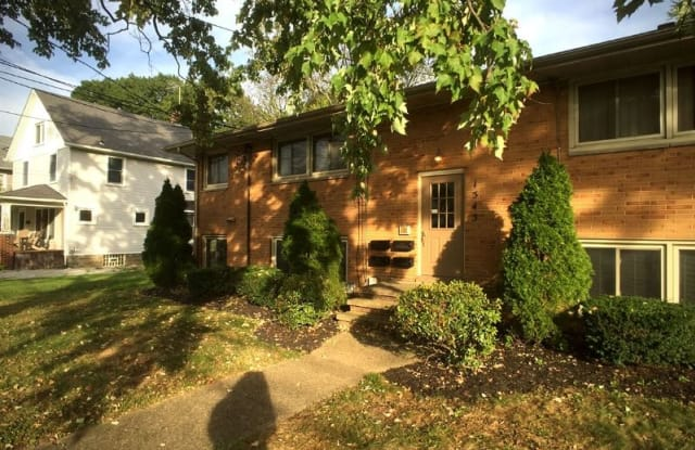 1543 2nd St. - 1543 2nd Street, Cuyahoga Falls, OH 44221