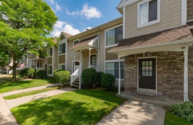 Monticello Apartments - 22700 Civic Center Dr, Southfield, MI 48033
