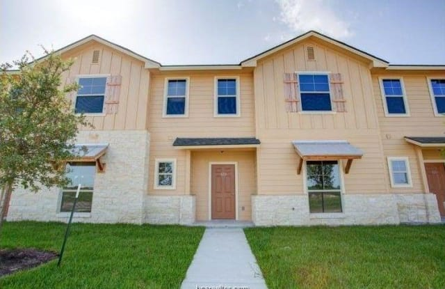 709 Luther Street - 709 Luther Street West, College Station, TX 77840