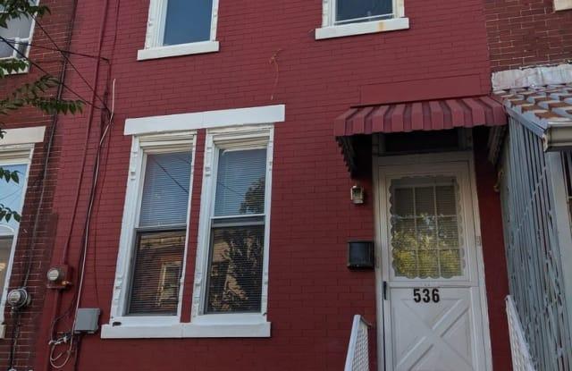 536 Grant St - 536 Grant Street, Camden, NJ 08102