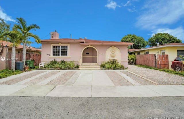 3463 NW 5th St - 3463 NW 5th St, Miami, FL 33125