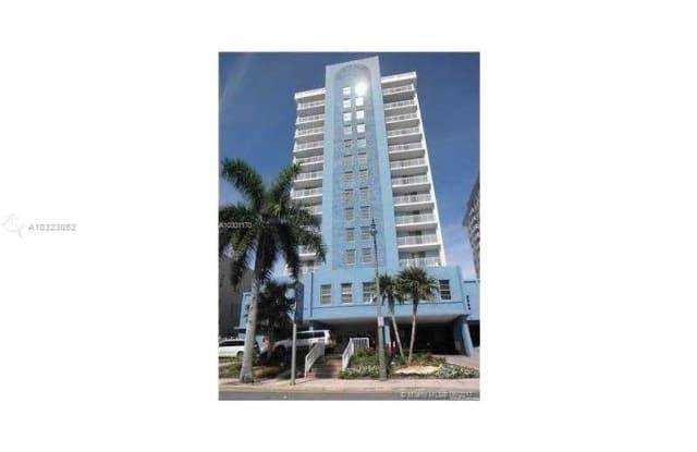 Port Royale Condominium Inc - 6969 Collins Ave, Miami Beach, FL 33141