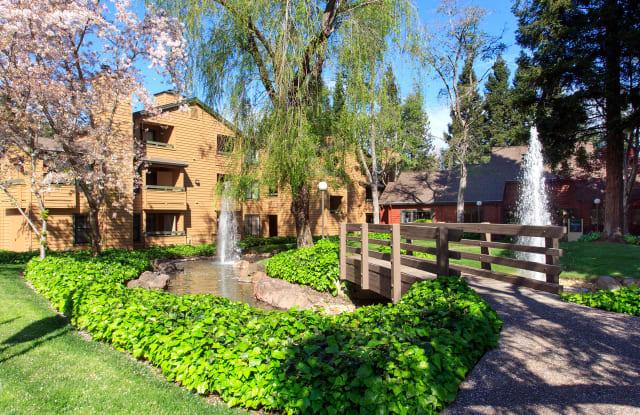 Shadow Creek - 4145 Shadow Ln, Santa Rosa, CA 95405