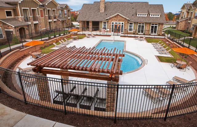 The Reserve at Fountainview - 1000 Fountainview Circle, St. Charles, MO 63303
