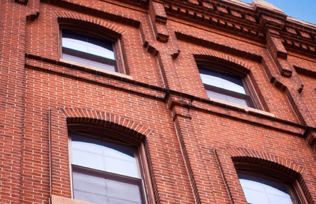 Waterfront I - 33 Letitia Street, Philadelphia, PA 19106