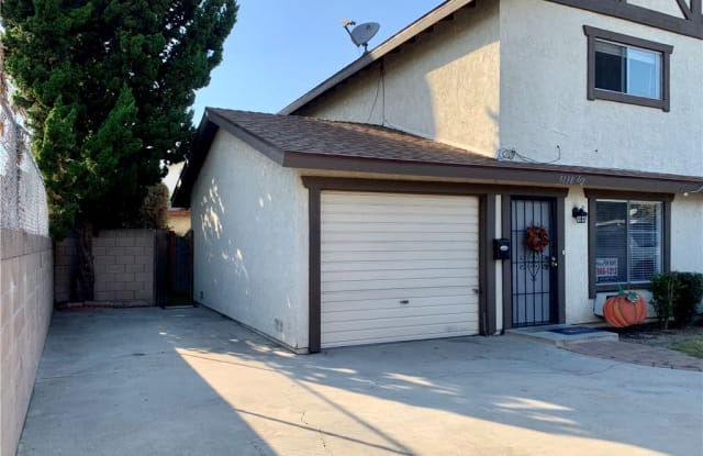 9138 Walnut Street 1/2 - 9138 Walnut St, Bellflower, CA 90706