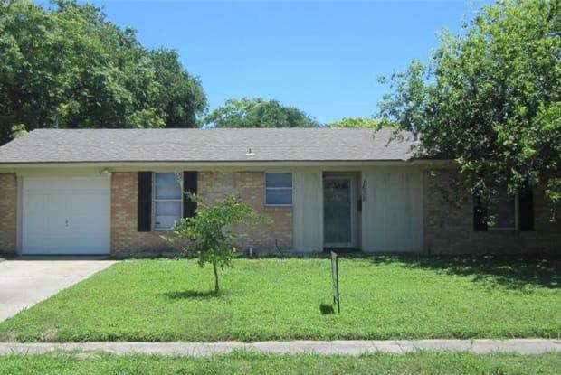 1638 Sprucewood Dr - 1638 Sprucewood Dr, Corpus Christi, TX 78412