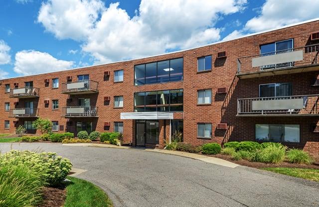 Westpointe - 2000 Westpointe Dr, Pittsburgh, PA 15205