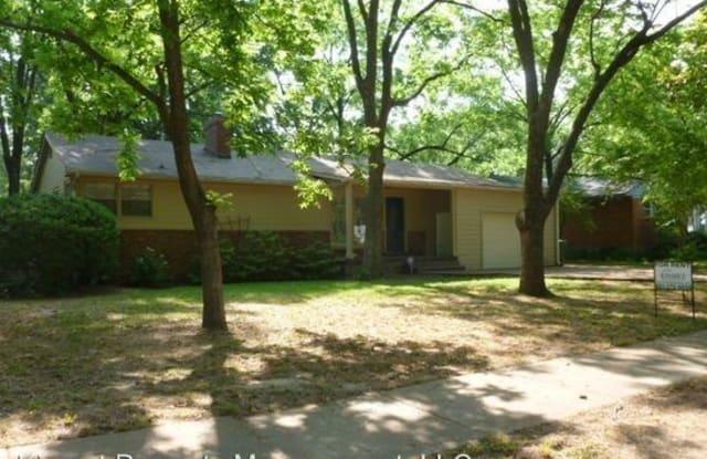 400 Meadowcrest Circle - 400 Meadowcrest Circle, Memphis, TN 38117