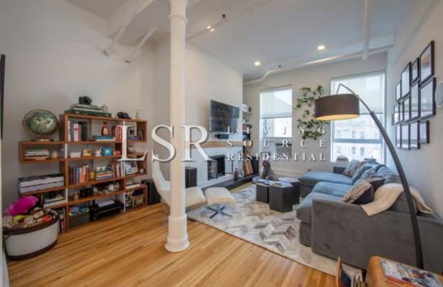 450 Sixth Avenue - 450 6th Avenue, New York, NY 10011