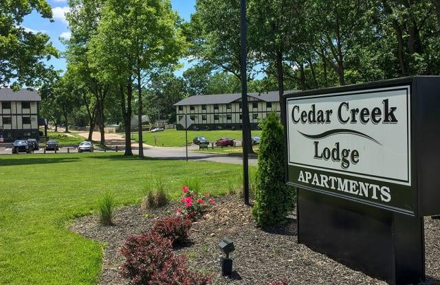 Cedar Creek Lodge - 7912 Olde English Rd, St. Louis, MO 63123